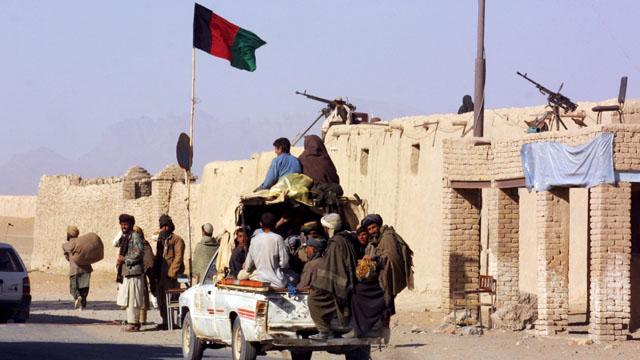12/10/2001. EXCLUSIVE Northern alliance troops entering in Kandahar