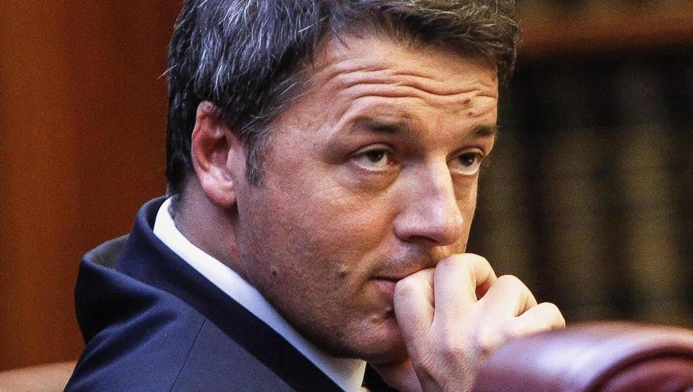 Berlusconi vuole rimanere al potere. Ecco come. E Renzi prova a silurare Gentiloni