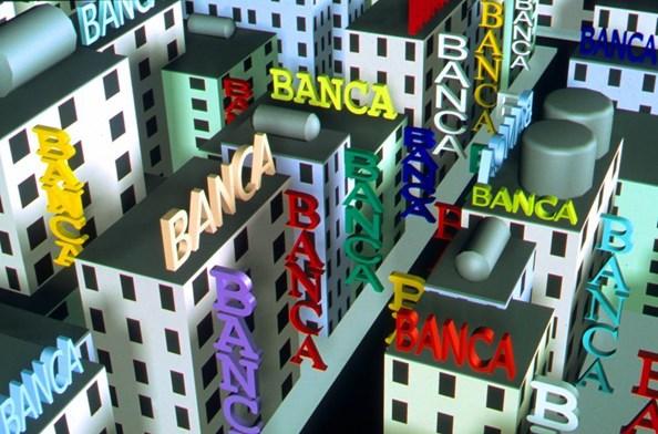 Troppe banche italiane in affanno, ad iniziare da Unicredit. MPS nelle sabbie mobili, e nel mirino di Bpm. Intesa San-Paolo brilla. Bnl se la cava con tagli e tassi elevati